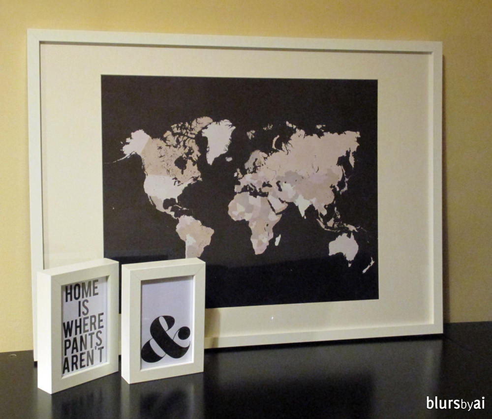 World map print in chalkboard background