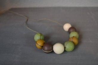 autum colors necklace